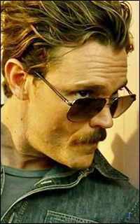 Dingues de séries TV Galerie ClayneCrawford-320-003